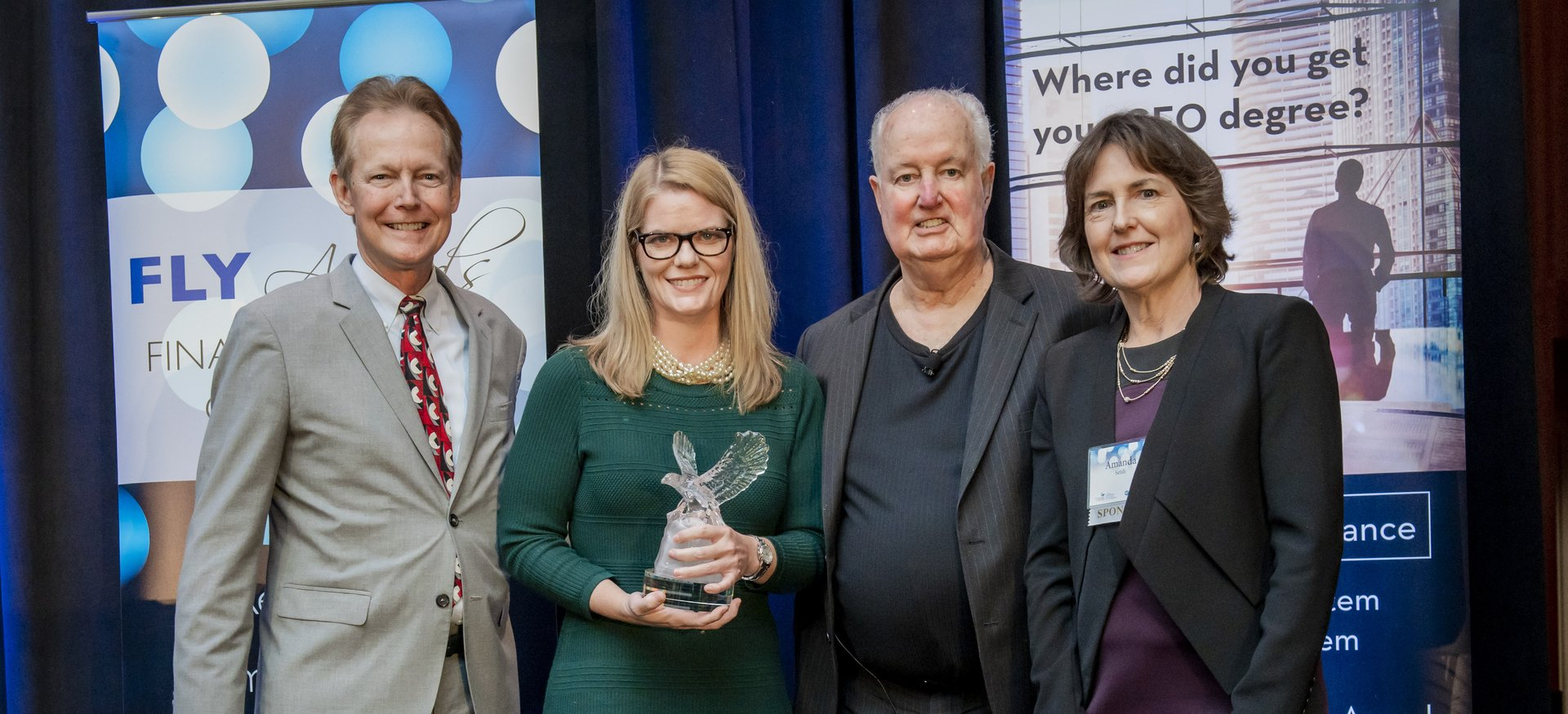 Dixie McCurley Wins 2019 Financial Leader of The Year Award — For Innovative Solutions in Finance